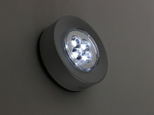 LED žárovky vám pomohou ušetřit