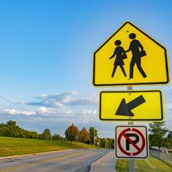 Road Sign Walking Sign  - royharryman / Pixabay
