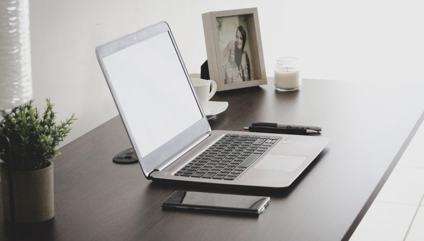 Workplace Workspace Home Office  - ricardorv30 / Pixabay